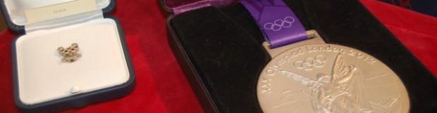 Badalona exhibe las medallas de Mireia Belmonte